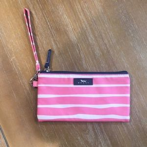 Handbags - scout wristlet